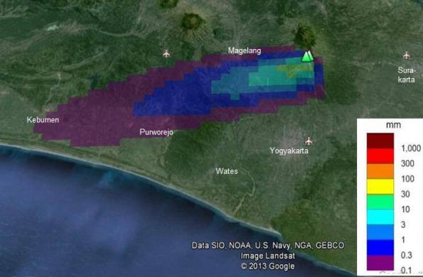 Peta distribusi debu Merapi produk Peristiwa 22 Juli 2013 berdasarkan pemodelan BPPTKG. Beda warna menunjukkan beda ketebalan endapan debu vulkaniknya. Sumber : BPPTKG, 2013.