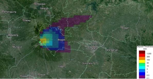 Gambar 2. Peta sebaran debu vulkanik dalam erupsi freatik Merapi 10 Maret 2014. Hujan debu dengan ketebalan endapan lebih dari 3 mm hanya terjadi di lereng Gunung Merapi bagian timur. Sumber : BPPTKG, 2014.